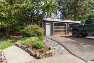Photo 31: 618 Goldie Avenue in VICTORIA: La Thetis Heights Single Family Detached for sale (Langford)  : MLS®# 410446