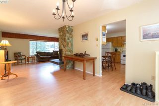 Photo 8: 618 Goldie Avenue in VICTORIA: La Thetis Heights Single Family Detached for sale (Langford)  : MLS®# 410446