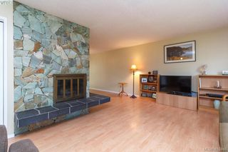 Photo 5: 618 Goldie Avenue in VICTORIA: La Thetis Heights Single Family Detached for sale (Langford)  : MLS®# 410446