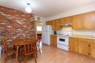 Photo 10: 618 Goldie Avenue in VICTORIA: La Thetis Heights Single Family Detached for sale (Langford)  : MLS®# 410446