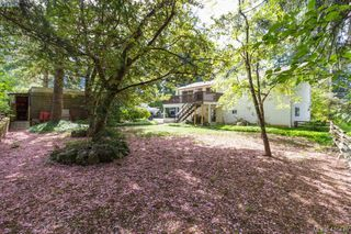 Photo 34: 618 Goldie Avenue in VICTORIA: La Thetis Heights Single Family Detached for sale (Langford)  : MLS®# 410446