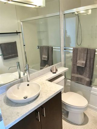 """Photo 15: 1705 1050 SMITHE Street in Vancouver: West End VW Condo for sale in """"The Sterling"""" (Vancouver West)  : MLS®# R2368698"""