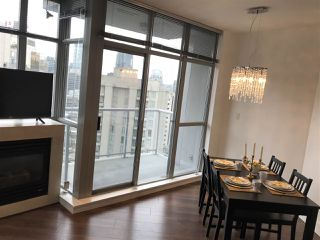 """Photo 10: 1705 1050 SMITHE Street in Vancouver: West End VW Condo for sale in """"The Sterling"""" (Vancouver West)  : MLS®# R2368698"""