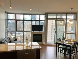 """Photo 5: 1705 1050 SMITHE Street in Vancouver: West End VW Condo for sale in """"The Sterling"""" (Vancouver West)  : MLS®# R2368698"""