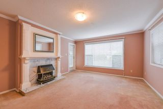 "Photo 6: 111 1150 54A Street in Delta: Tsawwassen Central Condo for sale in ""THE LEXINGTON"" (Tsawwassen)  : MLS®# R2375130"