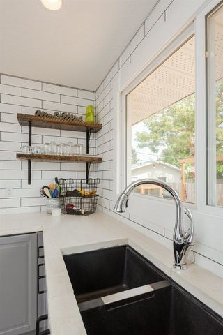 Photo 13: 11428 37A Avenue in Edmonton: Zone 16 House for sale : MLS®# E4160042