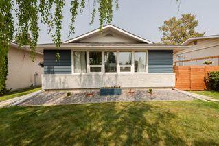 Photo 2: 11428 37A Avenue in Edmonton: Zone 16 House for sale : MLS®# E4160042