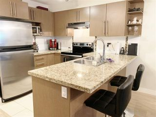 """Photo 6: 119 2088 BETA Avenue in Burnaby: Brentwood Park Condo for sale in """"MEMENTO"""" (Burnaby North)  : MLS®# R2383941"""