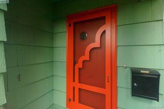 Photo 3: 1258 Montrose Avenue in VICTORIA: Vi Hillside Single Family Detached for sale (Victoria)  : MLS®# 415698