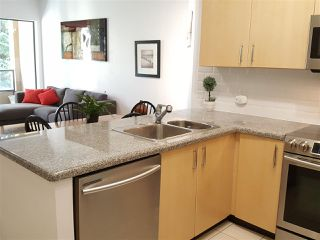 "Photo 7: 308 7388 SANDBORNE Avenue in Burnaby: South Slope Condo for sale in ""MAYFAIR PLACE"" (Burnaby South)  : MLS®# R2413113"