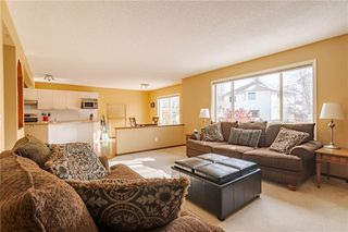 Photo 5: 113 DOUGLAS GLEN Garden SE in Calgary: Douglasdale/Glen Detached for sale : MLS®# C4274280