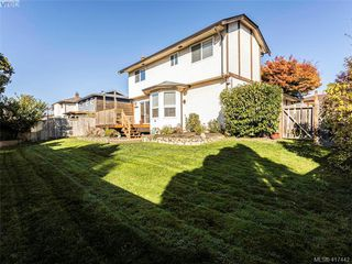 Photo 32: 819 Pepin Pl in VICTORIA: SW Northridge Single Family Detached for sale (Saanich West)  : MLS®# 828187