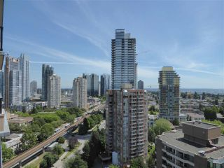 "Photo 15: 1902 6168 WILSON Avenue in Burnaby: Metrotown Condo for sale in ""JEWEL II"" (Burnaby South)  : MLS®# R2460583"