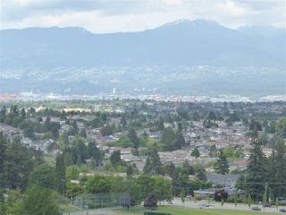 "Photo 14: 1902 6168 WILSON Avenue in Burnaby: Metrotown Condo for sale in ""JEWEL II"" (Burnaby South)  : MLS®# R2460583"