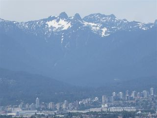 "Photo 10: 1902 6168 WILSON Avenue in Burnaby: Metrotown Condo for sale in ""JEWEL II"" (Burnaby South)  : MLS®# R2460583"