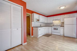 Photo 10: 145 WOODSMAN Lane SW in Calgary: Woodbine Row/Townhouse for sale : MLS®# C4303483