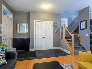 Photo 2: 1526 19 Avenue NW in Calgary: Capitol Hill Detached for sale : MLS®# A1031732
