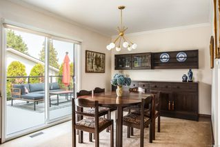 Photo 5: 7609 Blossom Park Pl in : CS Saanichton House for sale (Central Saanich)  : MLS®# 858076