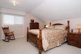 Photo 17: 13038 15A Avenue in South Surrey: Home for sale : MLS®# F2922192