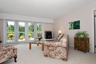Photo 13: 13038 15A Avenue in South Surrey: Home for sale : MLS®# F2922192