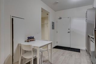 Photo 19: 504 30 Brentwood Common NW in Calgary: Brentwood Apartment for sale : MLS®# A1047644