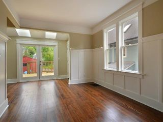 """Photo 4: 1962 E 5TH Avenue in Vancouver: Grandview VE House for sale in """"COMMERCIAL DRIVE"""" (Vancouver East)  : MLS®# V895689"""