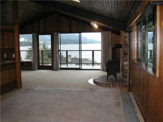 Photo 4: 6021 CORACLE Place in Sechelt: Sechelt District House for sale (Sunshine Coast)  : MLS®# V912200