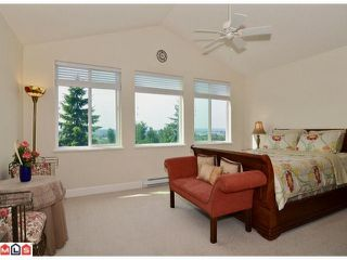 """Photo 6: 20188 - 68A Avenue in Langley: Willoughby Heights House for sale in """"Woodbridge"""" : MLS®# F1208857"""