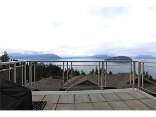 Photo 19: 8683 SEASCAPE Drive in West Vancouver: Howe Sound Townhouse for sale : MLS®# V1042372