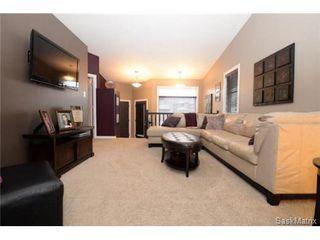 Photo 7: 4631 ELLARD Court in Regina: Lakeridge Single Family Dwelling for sale (Regina Area 01)  : MLS®# 495544