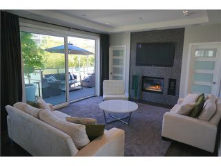 Photo 2: 5188 SHERBROOKE Street in Vancouver: Knight House for sale (Vancouver East)  : MLS®# V1062789