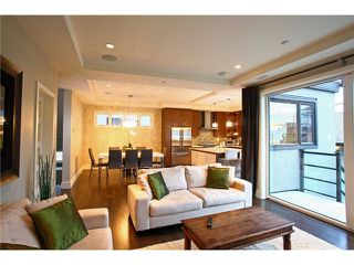 Photo 3: 5188 SHERBROOKE Street in Vancouver: Knight House for sale (Vancouver East)  : MLS®# V1062789