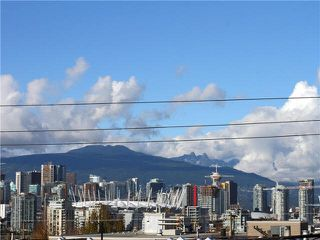 "Photo 12: 206 55 E 10TH Avenue in Vancouver: Mount Pleasant VE Condo for sale in ""Abbey Lane"" (Vancouver East)  : MLS®# V1091688"