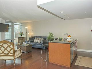 "Photo 4: 1703 1255 SEYMOUR Street in Vancouver: Downtown VW Condo for sale in ""ELAN"" (Vancouver West)  : MLS®# V1097501"