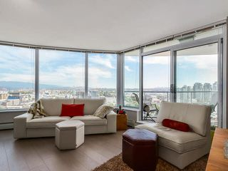 "Photo 4: 2308 58 KEEFER Place in Vancouver: Downtown VW Condo for sale in ""Firenze 1"" (Vancouver West)  : MLS®# V1140946"