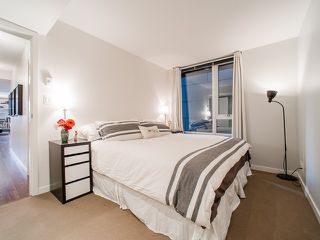"""Photo 10: 318 788 HAMILTON Street in Vancouver: Downtown VW Condo for sale in """"TV TOWER 1"""" (Vancouver West)  : MLS®# R2024487"""