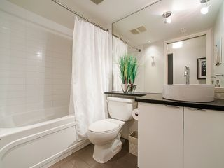 """Photo 14: 318 788 HAMILTON Street in Vancouver: Downtown VW Condo for sale in """"TV TOWER 1"""" (Vancouver West)  : MLS®# R2024487"""