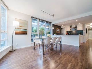 """Photo 6: 318 788 HAMILTON Street in Vancouver: Downtown VW Condo for sale in """"TV TOWER 1"""" (Vancouver West)  : MLS®# R2024487"""
