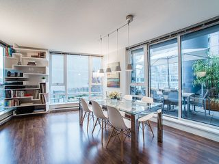 """Photo 8: 318 788 HAMILTON Street in Vancouver: Downtown VW Condo for sale in """"TV TOWER 1"""" (Vancouver West)  : MLS®# R2024487"""