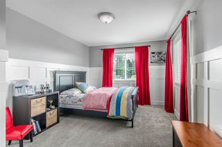 Photo 15: 958 HABGOOD Street: White Rock House for sale (South Surrey White Rock)  : MLS®# R2042099