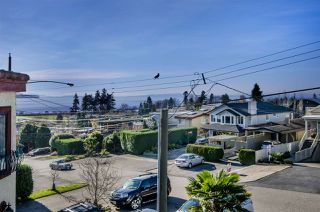 Photo 18: 958 HABGOOD Street: White Rock House for sale (South Surrey White Rock)  : MLS®# R2042099