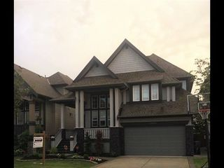 "Main Photo: 19230 FIELDSTONE Walk in Pitt Meadows: South Meadows House for sale in ""HIGHLAND AREA"" : MLS®# R2084092"