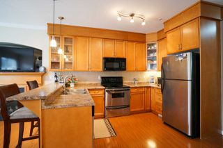 Photo 5: 16 19063 MCMYN Road in Pitt Meadows: Mid Meadows Townhouse for sale : MLS®# R2089732