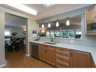 Photo 8: 93 2315 198 Street in Langley: Brookswood Langley Manufactured Home for sale : MLS®# R2102906