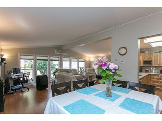 Photo 7: 93 2315 198 Street in Langley: Brookswood Langley Manufactured Home for sale : MLS®# R2102906