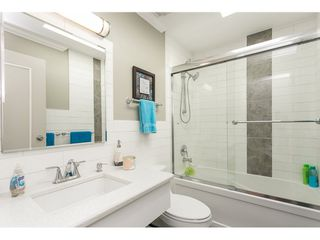 Photo 16: 93 2315 198 Street in Langley: Brookswood Langley Manufactured Home for sale : MLS®# R2102906