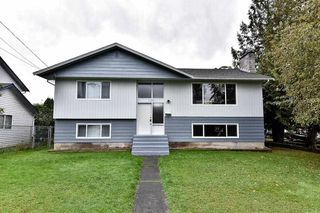 Photo 1: 17836 59A Avenue in Surrey: Cloverdale BC House for sale (Cloverdale)  : MLS®# R2111038