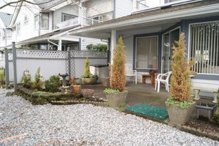 "Photo 15: 3 9251 122 Street in Surrey: Queen Mary Park Surrey Townhouse for sale in ""Kensington Gate"" : MLS®# R2142201"