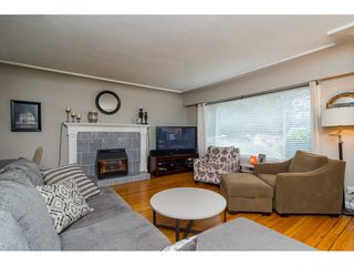 Photo 3: 33734 MAYFAIR Avenue in Abbotsford: Central Abbotsford House for sale : MLS®# R2143752