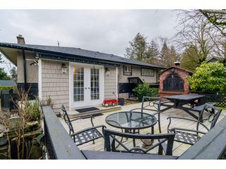 Photo 2: 33734 MAYFAIR Avenue in Abbotsford: Central Abbotsford House for sale : MLS®# R2143752